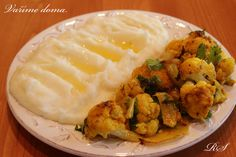 PEČENÝ KVĚTÁK | Vaříme doma What To Cook, Potato Salad, Cauliflower, Potatoes, Chicken, Vegetables, Cooking, Ethnic Recipes, Food