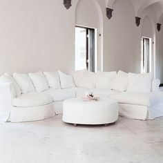 Bloomsbury Sectional Sofa | Rachel Ashwell Shabby Chic Couture
