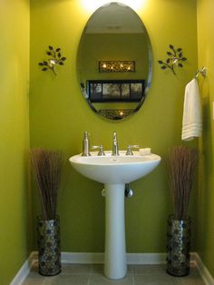 looks like our dining bathroom! crazy. love the colors/ candles