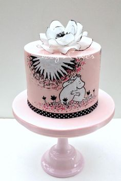This is my daughter's birthday cake. She loves Moomins for some reason! She has a cup which was the inspiration behind this cake, the designs are handpainted and the flower is made out of wafer paper. I hope she likes it! Girly Cakes, Fancy Cakes, Cute Cakes, Beautiful Cakes, Amazing Cakes, 20 Birthday Cake, 20th Birthday, Doodle Cake, Cakes For Women