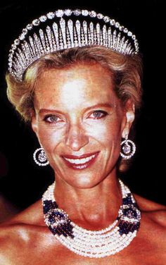 Princess Michael of Kent has always been known for her inventive use of jewels, and here she's teamed the London Frige tiara with a diamond necklace arched over it and backed with black velvet to give it a 'kokoshnic' vibe.