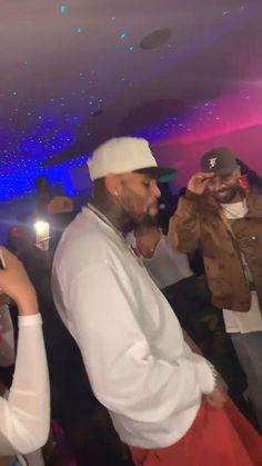 Chris Brown Funny, Chris Brown Dance, Chris Brown Daughter, Chris Brown Art, Chris Brown Videos, Chris Brown Style, Breezy Chris Brown, Chris Brown Pictures, Cute Funny Baby Videos