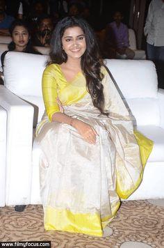 Uppada Tissue SIlk Sarees | buy Online Uppada Sarees | Elegant Fashion Wear