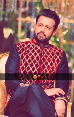 Why sooooo handsome😍❤💕💖 Atif Aslam, Handsome, Suit, Style, Fashion, Swag, Moda, Outfit, Stylus