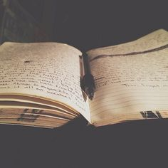 This photo reminds me my journals don't have to be perfect to be beautiful. ♥︎