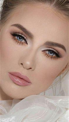 Wedding Makeup For Blue Eyes, Wedding Eye Makeup, Blue Eye Makeup, Makeup Light, Makeup With Blue Eyes, Makeup Tutorial Blue Eyes, Simple Makeup For Prom, Makeup For Blue Dress, Eyeliner Tutorial