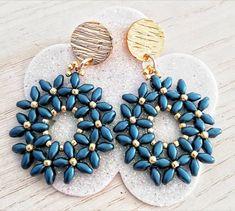 Beaded Earrings Patterns, Seed Bead Patterns, Jewelry Patterns, Beading Patterns, Seed Bead Jewelry, Bead Jewellery, Jewelry Making Beads, Beaded Jewelry, Earrings Handmade