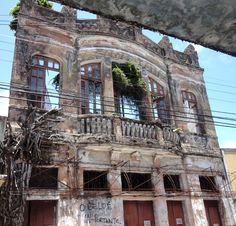 Antigo prédio centenário da loja de confecções A Samaritana, Ribeira