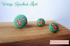 Vintage Rosebund Mint Set handmade by Pili B Ring and earrings