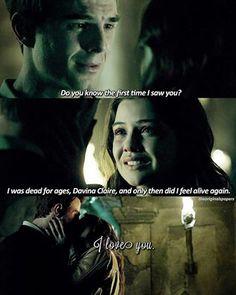 Kol: Sai quando è stata la prima volta che ti ho vista? Ero morto da secoli Davina Claire e solo allora mi sono sentito di nuovo vivo. Ti amo.  #Kolvina