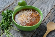 A fun twist on a Tex-Mex favorite! This slow cooker chicken fajita soup makes a meal just spicy enough for everyone to enjoy. Your favorite fajitas are now available in a soul warming Mexican soup. Easy Tomato Soup Recipe, Easy Soup Recipes, Best Crockpot Chicken, Slow Cooker Chicken, Chicken Fajita Soup, Slender Kitchen, Ranch Recipe, Mexican Food Recipes, Ethnic Recipes