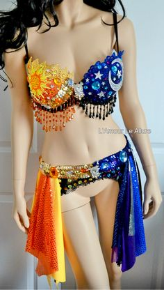 Find out more ideas about Praise clothes, Raver girl and Festival attire. Belly Dancer Costumes, Rave Costumes, Music Festival Fashion, Festival Outfits, Edm Festival, Festival Clothing, Festivals, Ballet Clothes, Rave Wear