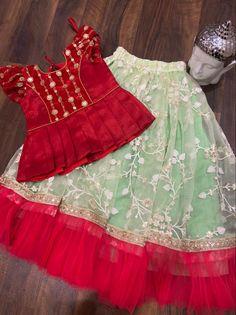Baby Girl Dress Design, Girls Frock Design, Kids Frocks Design, Baby Frocks Designs, Kids Party Wear Dresses, Kids Dress Wear, Kids Gown, Gowns For Girls, Frocks For Girls