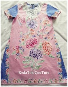 Batik dress with lace