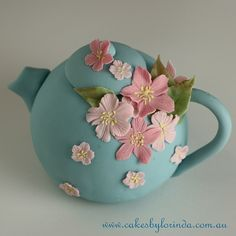 A Cake teapot......Oh my!