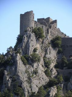 Château de Puilaurens - Aude, France www.audetourisme.com