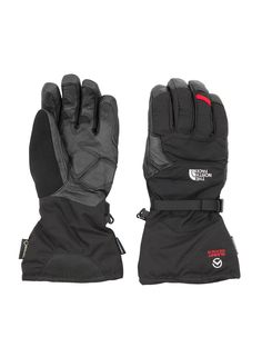 These gloves from #TheNorthFace in #DesignerOutletParndorf keep your hands definitely warm.