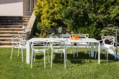 MASTERS Chairs by Philippe Starck FOUR Table by Ferruccio Laviani for Kartell.Get ready the outdoor season is about to begin. Contemporary Furniture Stores, Contemporary Patio, Design Loft, Design Studio, Eero Saarinen, Charles Eames, Outdoor Dining Chairs, Outdoor Decor, Patio Table