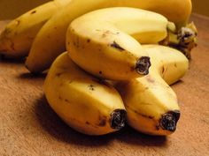 5 potravín, ktoré si Banana, Fruit, Food, Essen, Bananas, Meals, Fanny Pack, Yemek, Eten