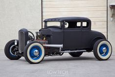 Tradition wants hot rods to be built from Ford parts. Description from lowtechblog.blogspot.ch. I searched for this on bing.com/images