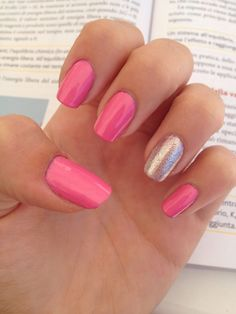 Pink and olographic gel nails