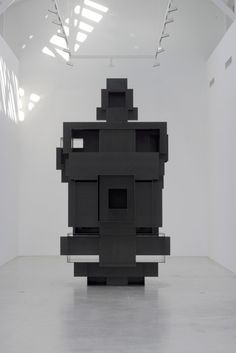 Second Body by Antony Gormley at Thaddaeus Ropac Galerie.