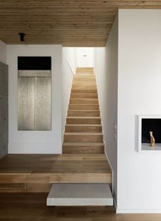 Concrete Box House is a private residence designed by Houston-based Robertson Design. The design and architecture of this house . Oak Stairs, Wooden Stairs, White Stairs, Painted Stairs, White Walls, Modern Staircase, Staircase Design, Stair Design, Staircase Ideas