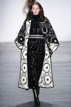Vivienne Tam Fall 2016 Ready-to-Wear Fashion Show