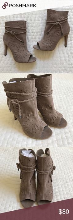 NWOT Dolce Vita Peeptoe Taupe Suede Booties NWOT Dolce Vita Taupe Suede Peeptoe Booties. Size 6.5. Heel measure 3.5 inches high. Boot opening measure 3.5 inches wide. These are slip on boots. No zipper. They are slouchy at the top and would look great with skinny jeans. Dolce Vita Shoes Ankle Boots & Booties
