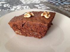 Una deliciosa receta de Bizcocho esponjoso de chocolate y nueces para #Mycook http://www.mycook.es/receta/bizco/