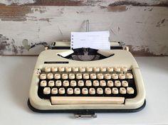 Typewriter retro Maritsa 11 Bulgarian typewriter Writing
