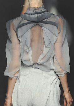 Yiqing Yin Haute Couture Fall 2012 Details
