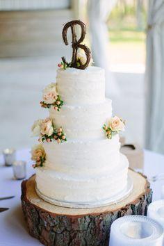 gorgeous wedding cake with rustic monogram topper // photo by Natalie Franke #wedding #cake
