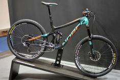 Norco Range Carbon Killer B 2015 Downhill Bike, Mtb Bike, Bike Trails, Cycling Bikes, Push Bikes, Suspension Design, Bicycle Race, Skate, Santa Cruz