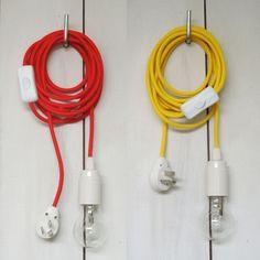 Kit de cable de color listo para enchufar. El largo te permite llegar hasta lugares alejados de la boca de electricidad, o simplemente jugar con él, ...