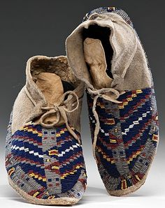 Moccasins | Cheyenne Beaded Hide 11 inch Native American Moccasins, Native American Clothing, Native American Beauty, Native American Beadwork, Native American History, Native American Indians, Indian Beadwork, Native American Pictures, Beaded Moccasins