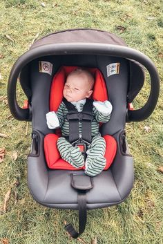 phil&teds alpha baby car seat is a safe & lightweight infant car seat with multiple base installation options to click & go! Baby Momma, Mom And Baby, Baby Kids, Cute Little Baby, Cute Babies, Baby Boy Swag, Cute Baby Videos, Cute Kids Fashion, Cute Baby Pictures
