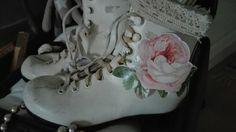 Luistimista kengät sisustuxeen