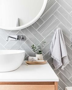 Get the look: Contemporary vs. coastal bathrooms - badezimmer // bathroom - Double herringbone tile pattern – use conventional tiles but more modern feel than traditional su - Bathroom Interior Design, Bathroom Renos, Interior, Trendy Bathroom, Shower Room, Budget Bathroom, Modern Bathroom, Herringbone Tile, Bathroom Decor