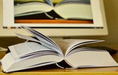 Dobre książki dla młodzieży? Nie łatwo wybrać wśród tylu wyjatkowych tytułów. Ale mamy dla Was kilka typów. Książki dla nastolatków na tapecie.