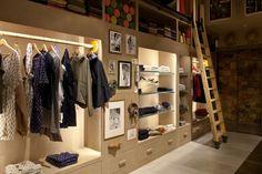 Woolrich Store – London  backwall closet inspiration- juniors