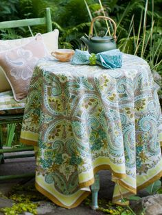 Paris Paisley Tablecloth | Shop by Size, Table Linens & Kitchen, Round Table 80in :Beautiful Designs by April Cornell