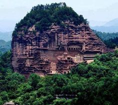 Aspundir: Maijishan Grottoes in China. 194 caves cut in the side of the hill of Majishan in Tianshui, Gansu Province, northwest China.