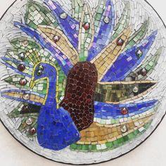 """22 Beğenme, 4 Yorum - Instagram'da Gökşen Parlatan (@partmozika): """"2006 yılında yapmış olduğum tavuskuşu temalı mozaik sehpa🦚🦚🦚 #tavuskuşu #mozaiksehpa…"""" Mosaic Coffee Table, Mosaic Art, Sehun, Panda, Painting, Instagram, Painting Art, Paintings, Painted Canvas"""