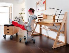 Fun and Creative DIY Furniture Ideas – Voyage Afield Luxury Furniture Brands, Smart Furniture, Furniture Logo, Cheap Furniture, Kids Furniture, Furniture Design, Modern Wood Furniture, Furniture Dolly, Furniture Stores