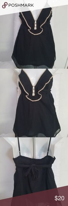 Urban Outfitters Kimichi Blue Black Flowy Tank M Urban Outfitters Kimichi Blue Black Flowy Tank size M. Adjustable straps and tie back. Sheer overlay with black lining underneath. Ruched back. Urban Outfitters Tops Tank Tops