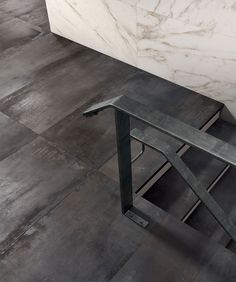 Interno 9 collection by ABK. The colour 'Dark' recalls the world of burnished steels. Free samples are available so you can really appreciate the detail, variation and shimmers of this vibrant collection.