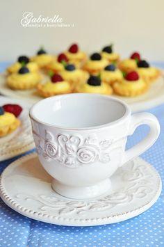 Cherry Cake, Tea Cups, Tableware, Dinnerware, Tablewares, Dishes, Place Settings, Cup Of Tea