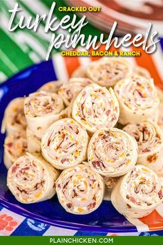 Cracked Out Turkey Pinwheels - I am OBSESSED with these sandwiches! Cream cheese, cheddar, bacon, Ranch and turkey wrapped in a tortilla. Can make ahead of time and refrigerate until ready to eat. Perfect for parties and tailgating!! Appetizers For Party, Appetizer Recipes, Pinwheel Appetizers, Snacks Recipes, Party Recipes, Party Snacks, Egg Recipes, Turkey Pinwheels, Turkey Wraps