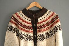 Nancy 596 Fair Isle Knitting, Hand Knitting, Knitting Machine, Knitting Ideas, Norwegian Knitting, Autumn Winter Fashion, Winter Style, Knit Patterns, Knit Crochet